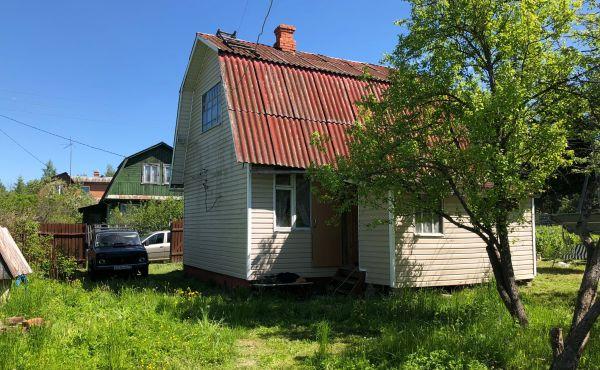 Дачный дом с баней в СНТ Речки