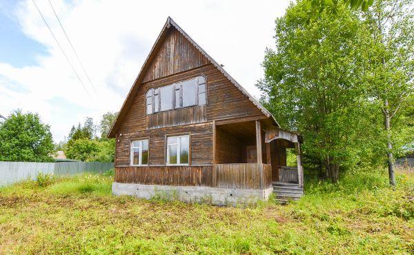 Земельный участок с домом в СНТ