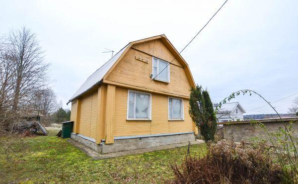 Дом в деревне Еднево Волоколамского района