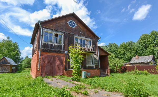 Жилой дом в деревне Бражниково