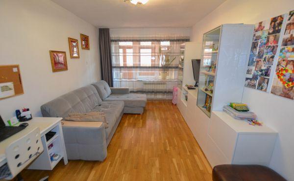 3-комнатная квартира на улице Кузина (Бронь до 01.03.2021)